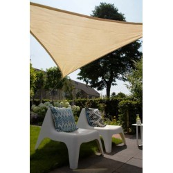 Voile d'ombrage triangle 90° 4,0 x 4,0 x 5,7m